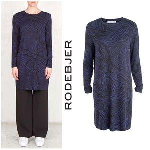 Rodebjer Scandinavia Coco Wave Jersey Dress
